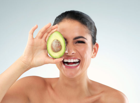 8 SuperFoods For A Natural Glow : A Nutritionist's Guide To Eating Your Way To A Dewy Skin