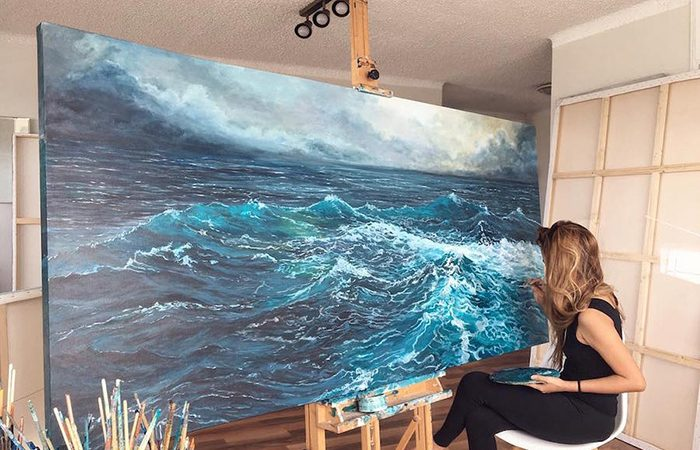 Talented Painter From Sydney Brings Ocean Onto The Canvas